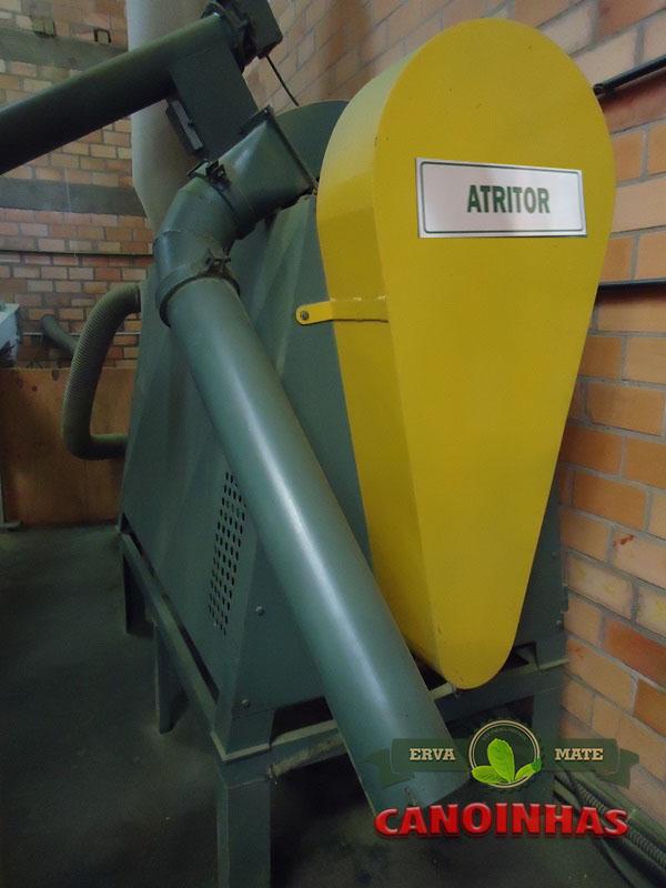 Atritor utilizado para moer no padrão verde fina, em torno de 1mm.