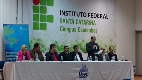 IV Seminário Internacional de Integração e Desenv. Regional.